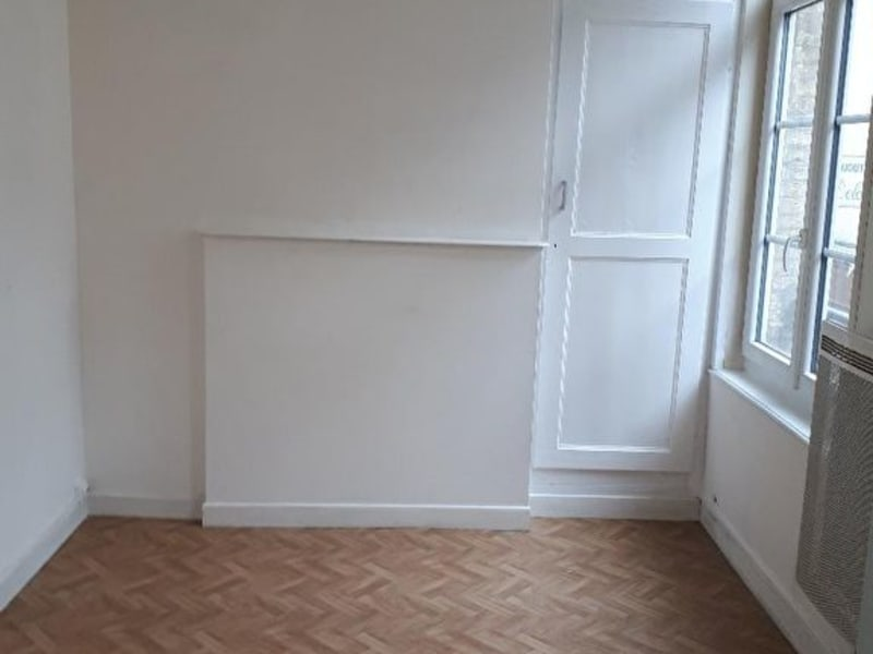 Rental apartment Saint omer 350€ CC - Picture 5