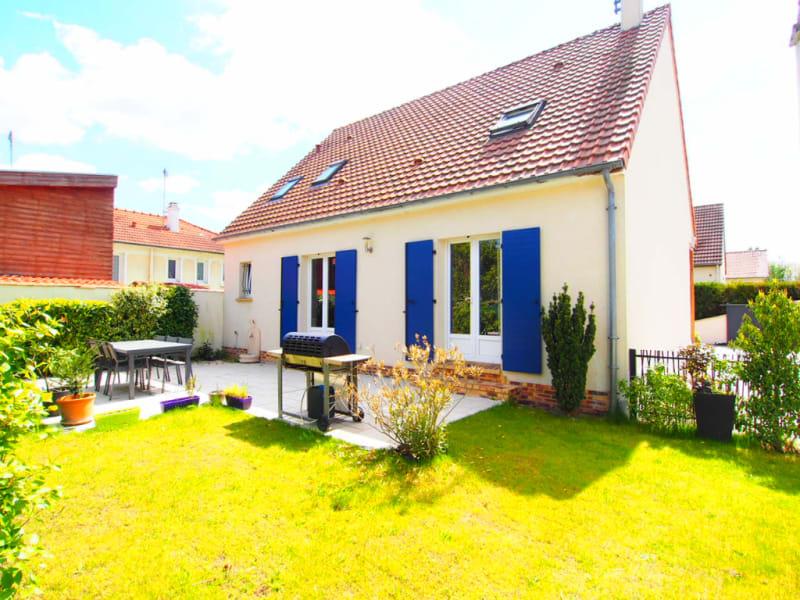 Sale house / villa Eragny 577500€ - Picture 1