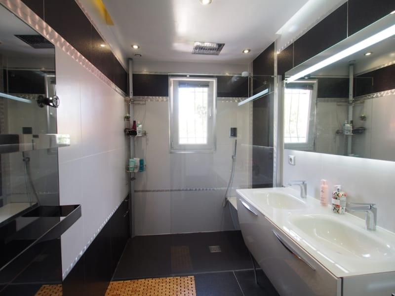 Sale house / villa Eragny 577500€ - Picture 7