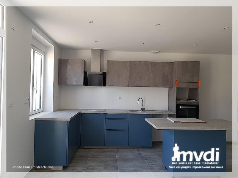 Location maison / villa Mesanger 1100€ CC - Photo 3