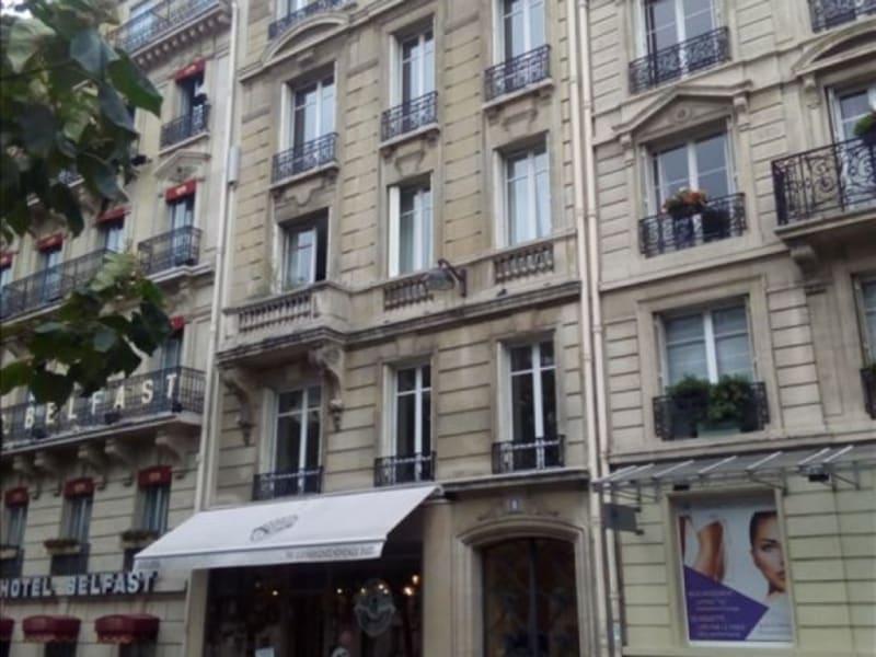 Rental apartment Paris 17ème 2851,94€ CC - Picture 1