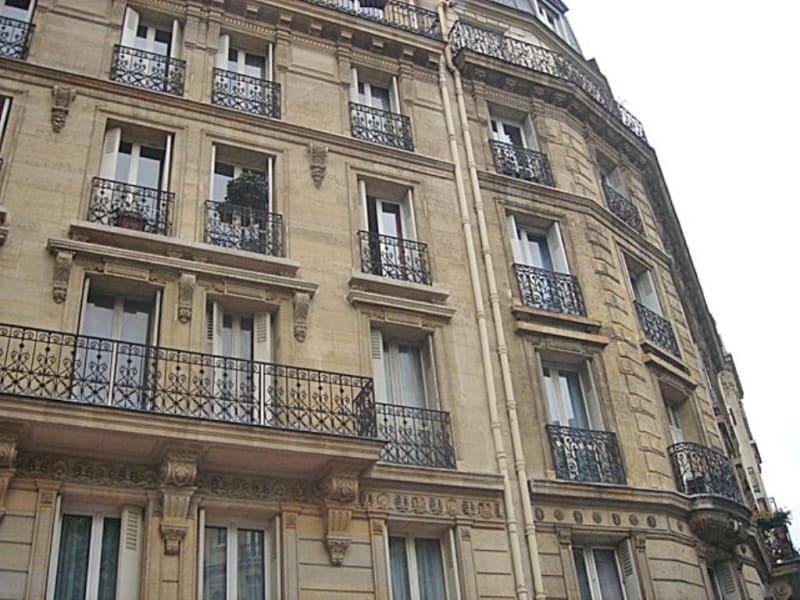 Location appartement Paris 17ème 820€ CC - Photo 3