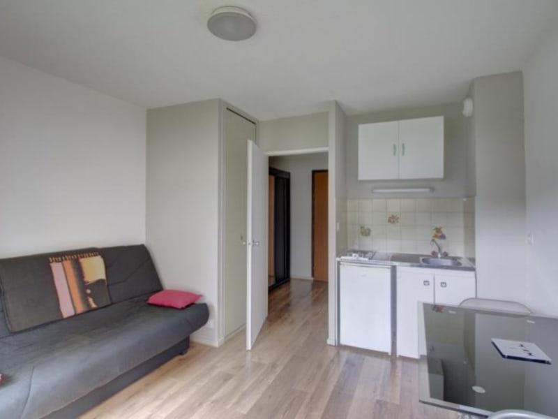 Rental apartment Sallanches 390€ CC - Picture 1