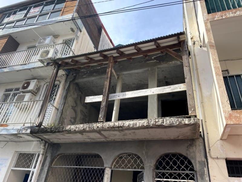 Immeuble a Pointe A Pitre de 2 Etages