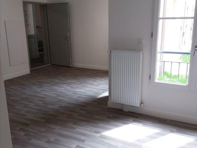Location appartement Parmain 794€ CC - Photo 3