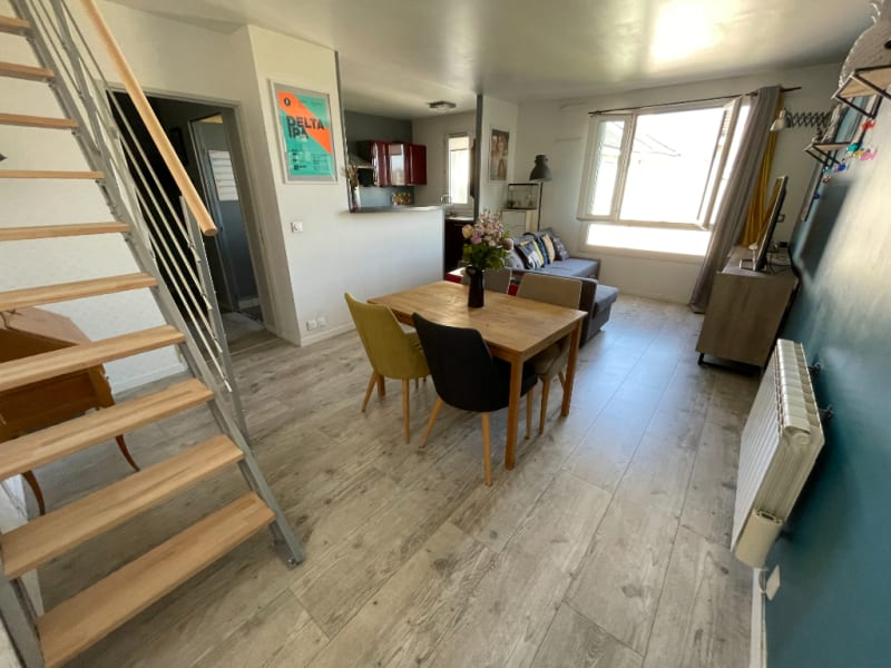 Sale apartment Poissy 315000€ - Picture 1