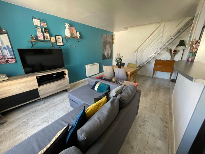 Sale apartment Poissy 315000€ - Picture 2