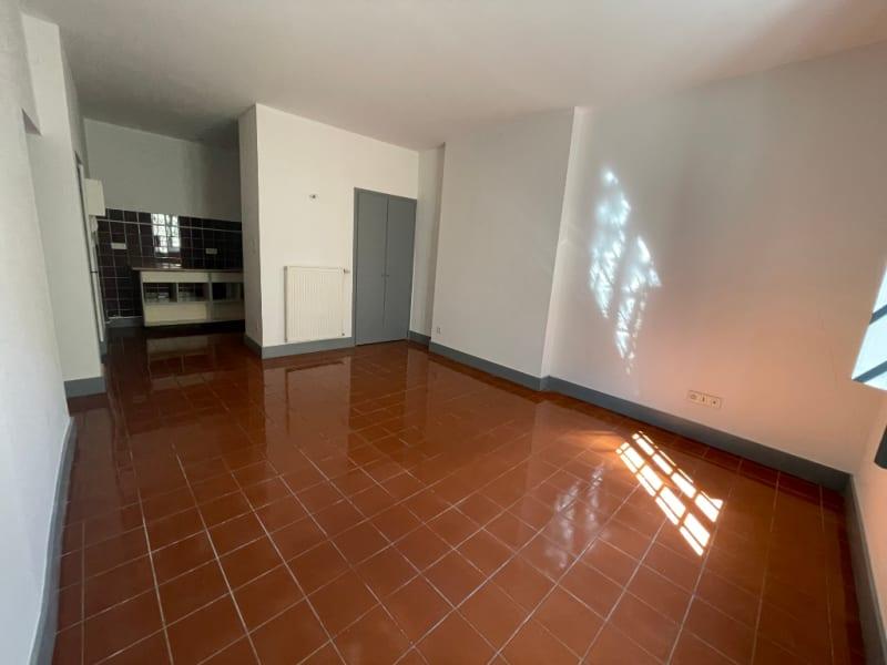 Location appartement Carcassonne 460€ CC - Photo 2