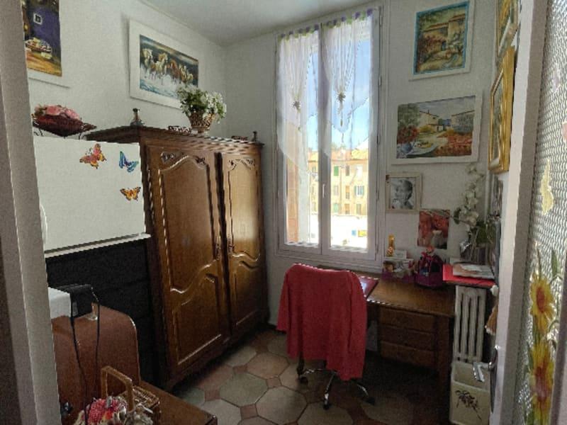 Sale apartment Marseille 3ème 241000€ - Picture 4