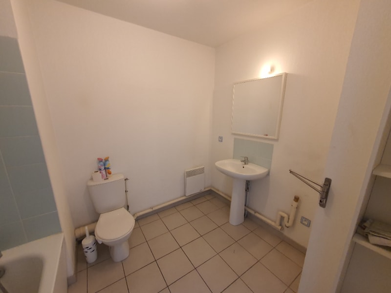 Rental apartment Marseille 15ème 710€ CC - Picture 9