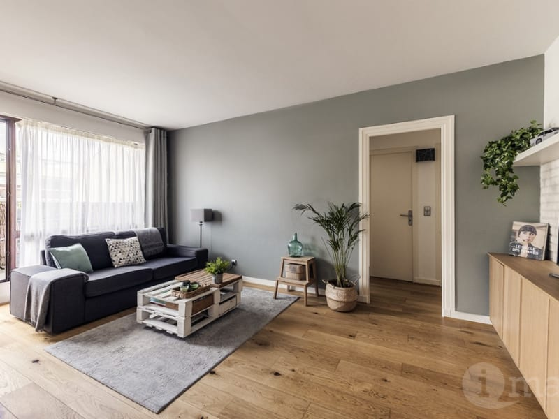 Sale apartment Courbevoie 420000€ - Picture 2