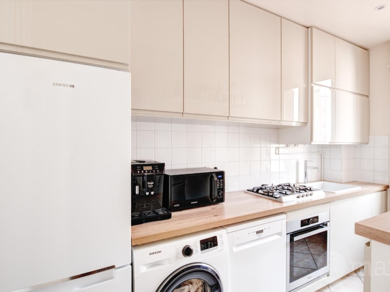 Sale apartment Courbevoie 438000€ - Picture 3