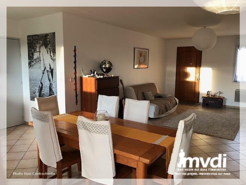 Location maison / villa La roche blanche 672€ CC - Photo 2