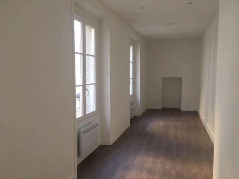 Rental empty room/storage Paris 2ème 3034€ CC - Picture 4