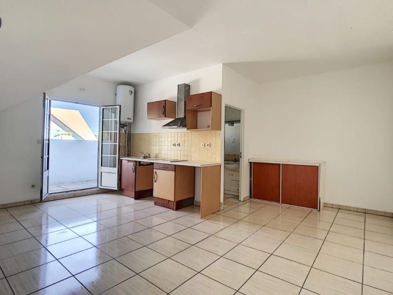 Rental apartment Le tampon 565€ CC - Picture 1