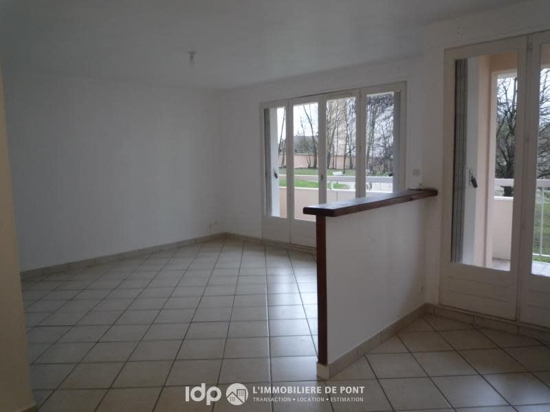 Location appartement Pont de cheruy 650€ CC - Photo 1