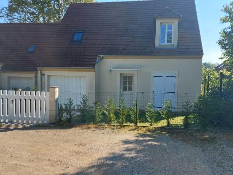 Location maison / villa Germigny 1185€ CC - Photo 2