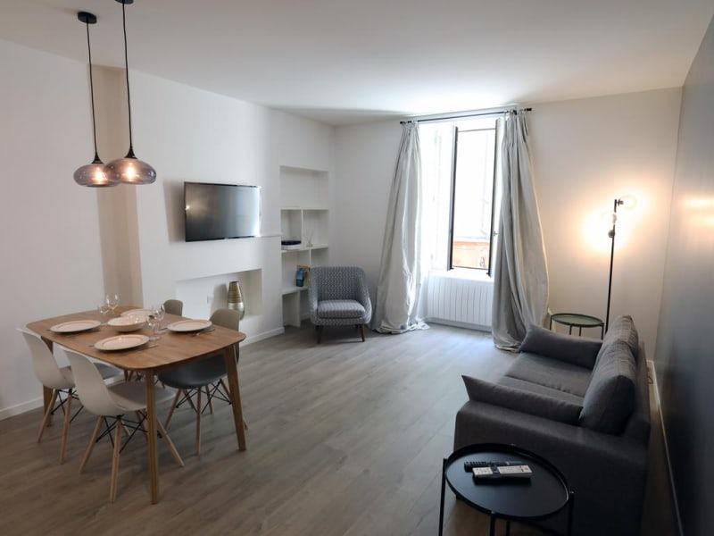 Location appartement Annecy 850€ CC - Photo 2