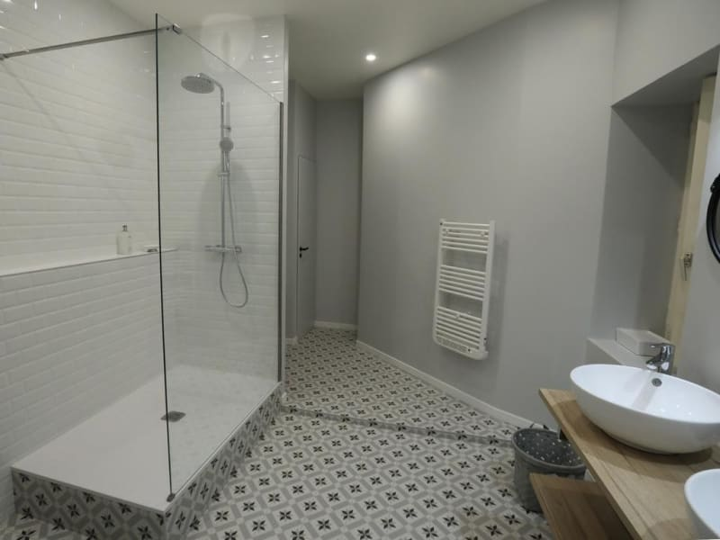Location appartement Annecy 850€ CC - Photo 5