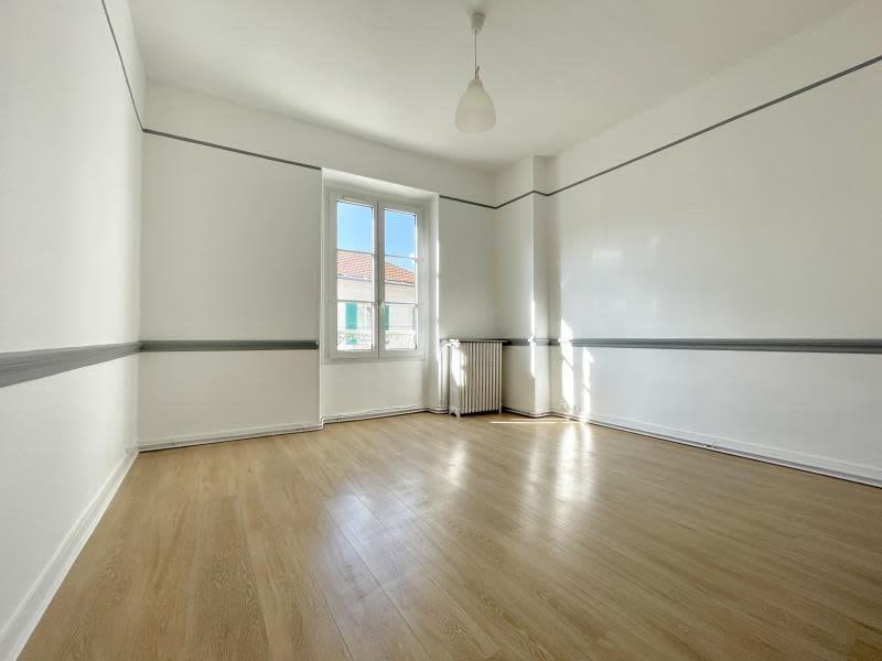Location appartement Nanterre 1250€ CC - Photo 2