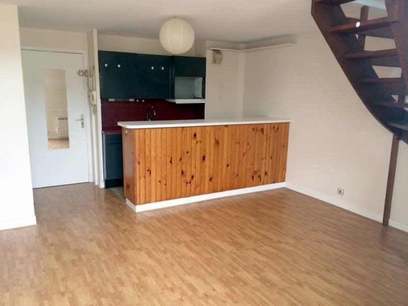 Rental apartment Palaiseau 737€ CC - Picture 1
