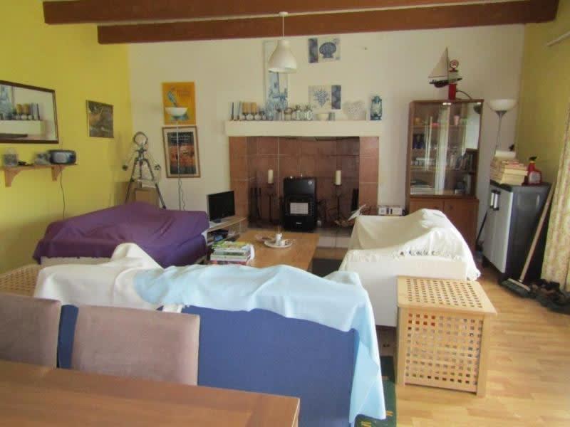 Sale house / villa Bourbriac 68480€ - Picture 3