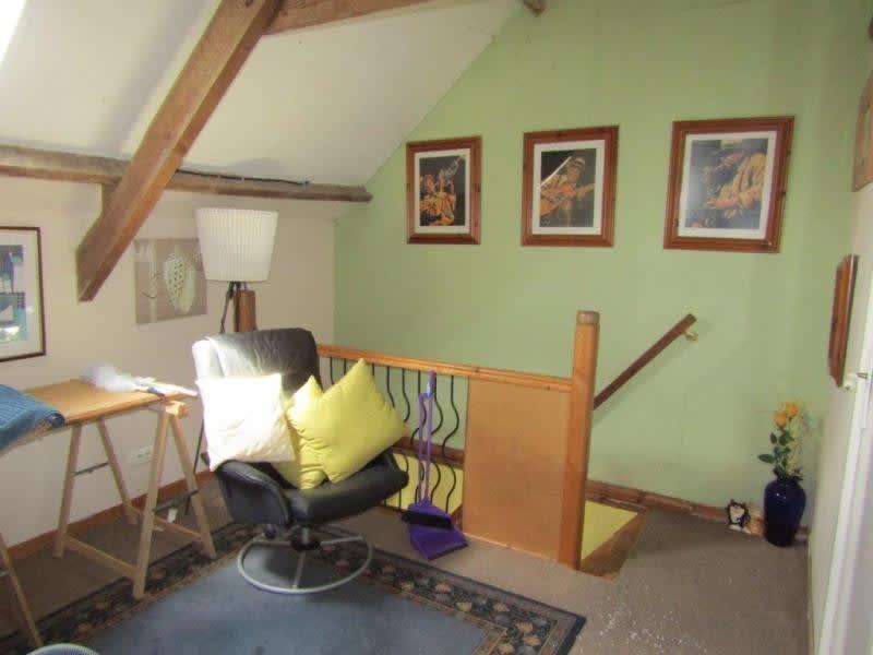 Sale house / villa Bourbriac 68480€ - Picture 6
