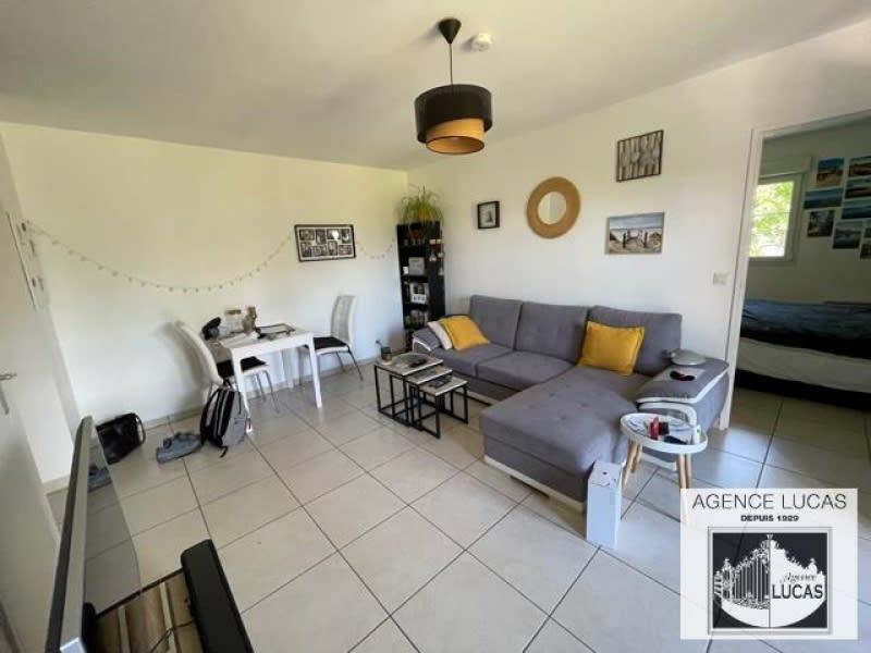 Rental apartment Verrieres le buisson 895€ CC - Picture 2