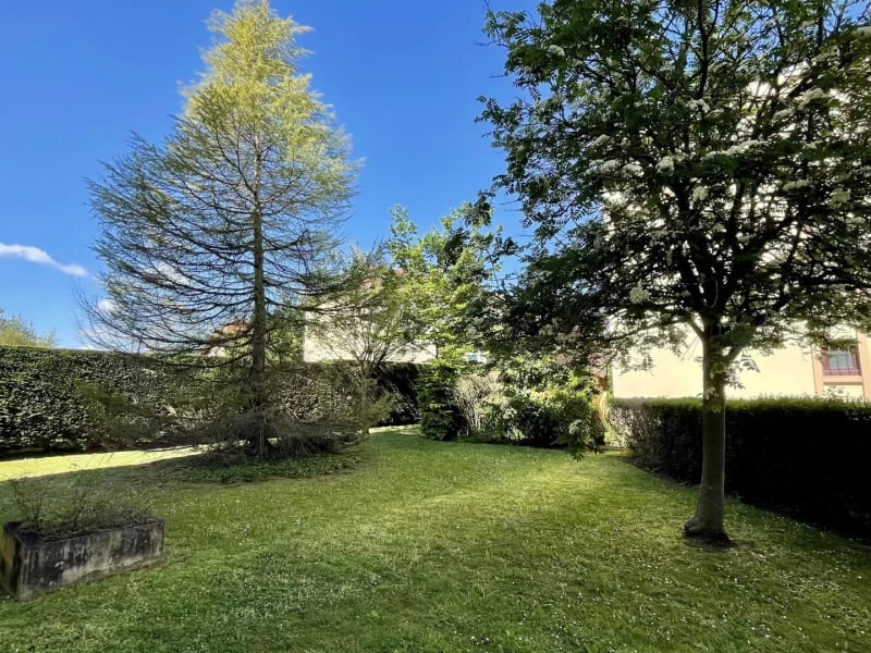 Sale apartment Livry-gargan 289000€ - Picture 2