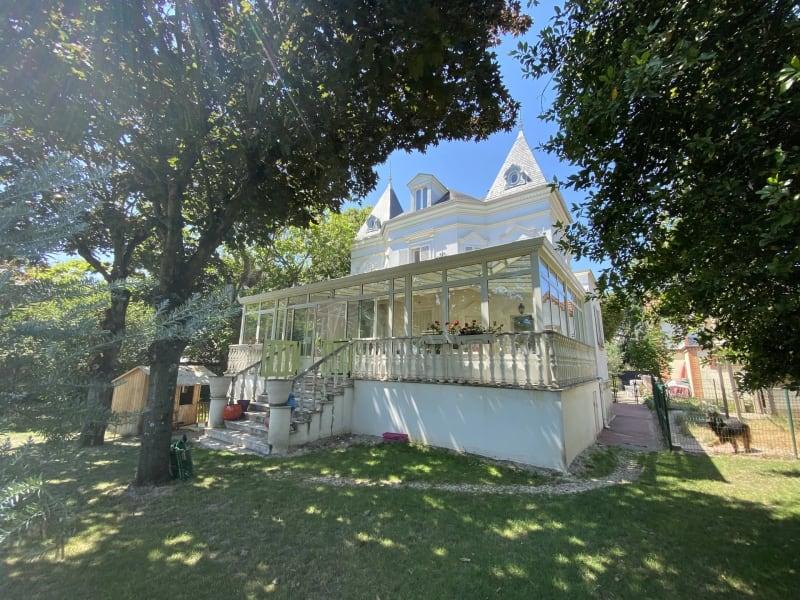 Sale house / villa Le raincy 1257000€ - Picture 1