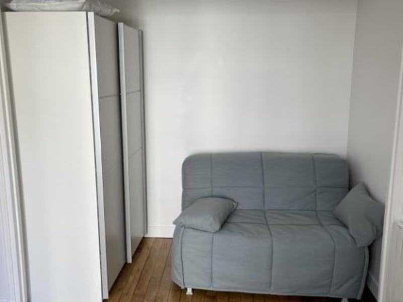 Location appartement Paris 18ème 940€ CC - Photo 3