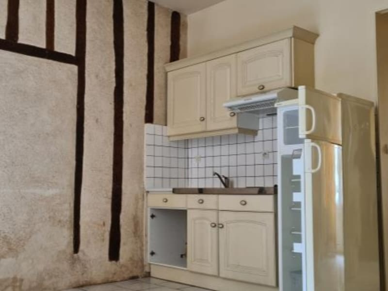 Location appartement Poitiers 397,34€ CC - Photo 1