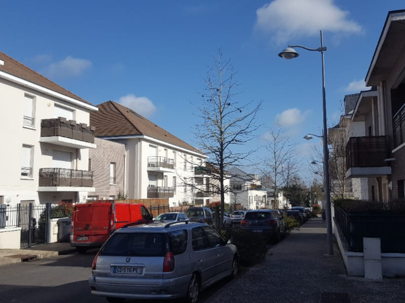 Location appartement Ezanville 640€ CC - Photo 1