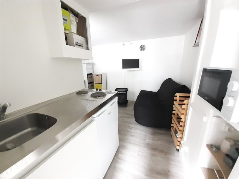 Sale apartment Paris 18ème 140000€ - Picture 3