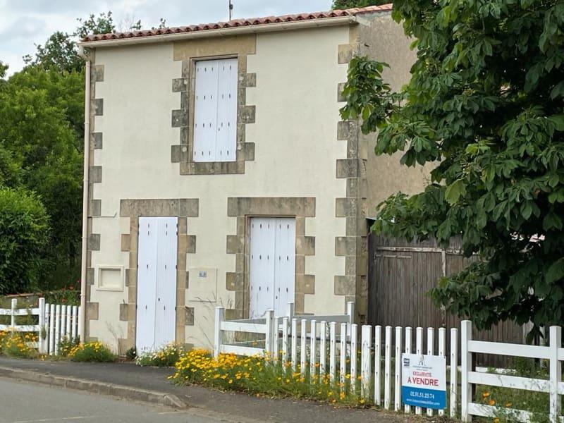 Vente maison / villa Saint sulpice en pareds 101600€ - Photo 1