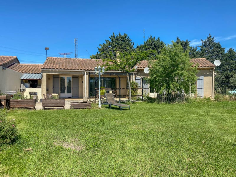 Sale house / villa Cheval blanc 375000€ - Picture 1