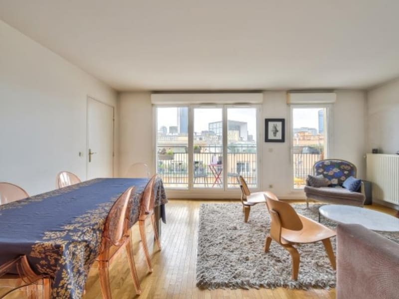 Sale apartment Courbevoie 555000€ - Picture 2