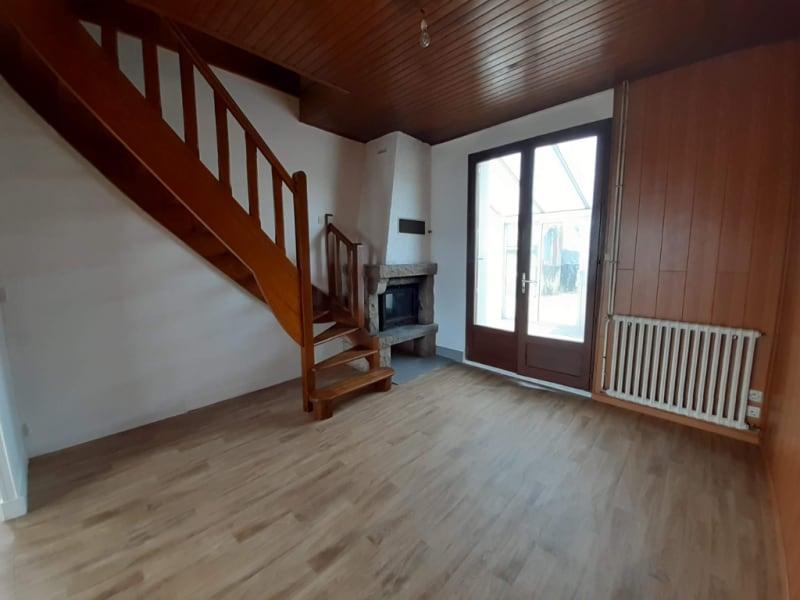Sale house / villa Plevin 73440€ - Picture 6