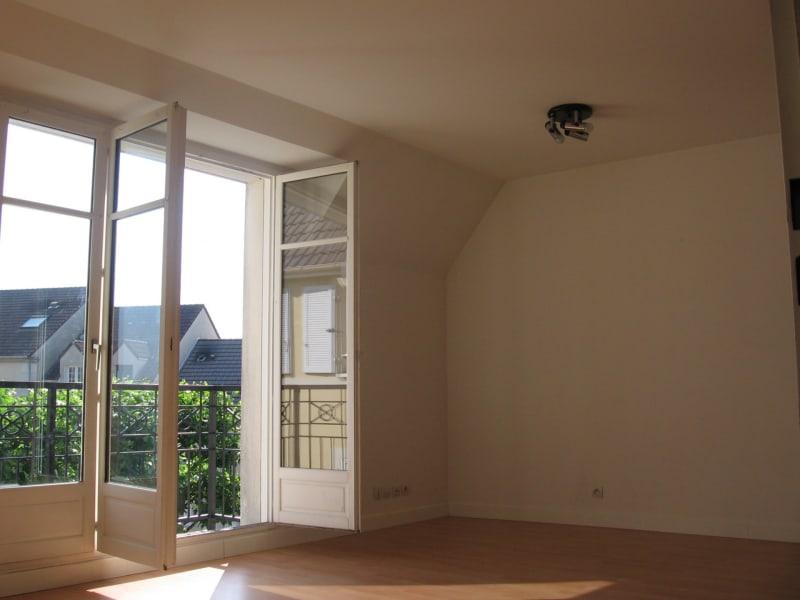Sale apartment Longpont-sur-orge 137000€ - Picture 2