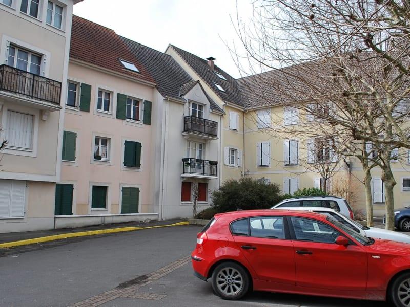 Sale apartment Longpont-sur-orge 137000€ - Picture 1