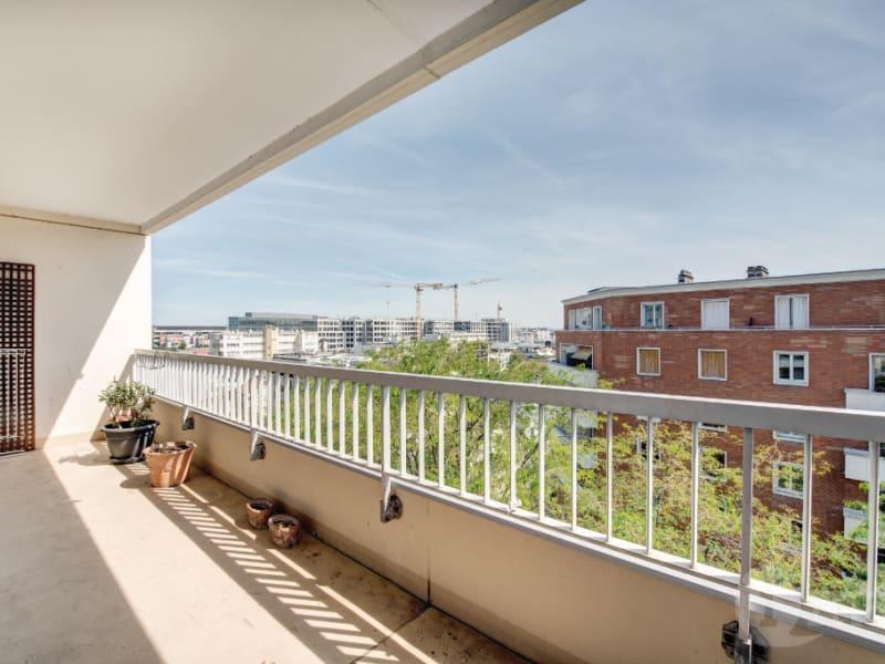 Sale apartment Courbevoie 760000€ - Picture 4