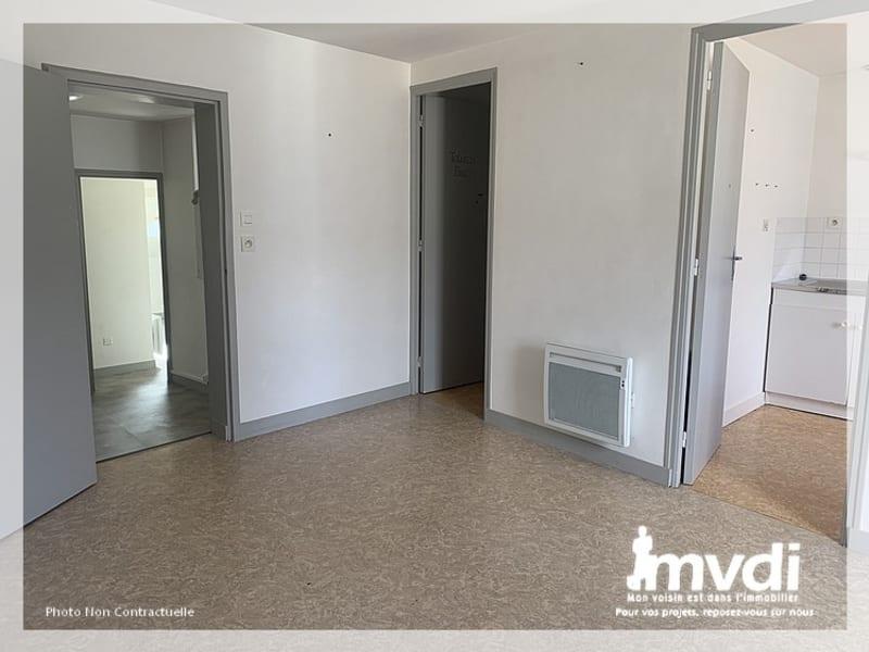 Rental apartment Ancenis 430€ CC - Picture 2