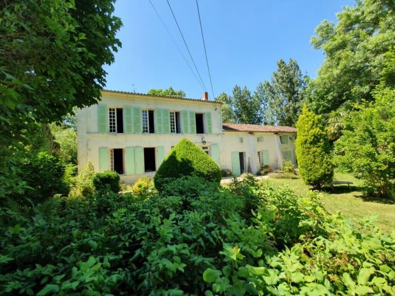 Sale house / villa Saint-palais-du-né 379800€ - Picture 1