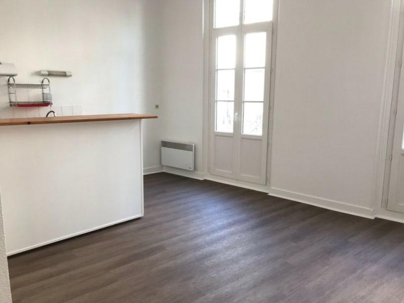 Cognac - 2 pièce(s) - 30 m2