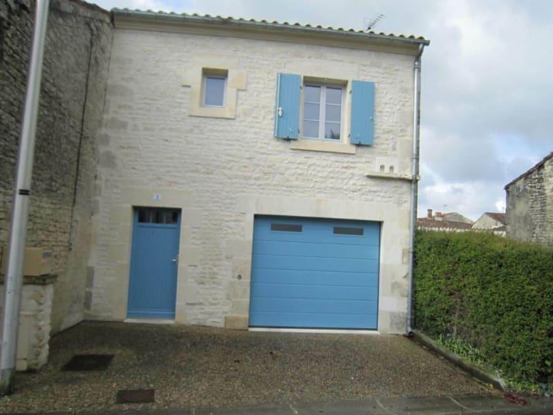 Rental house / villa Matha 465€ CC - Picture 1