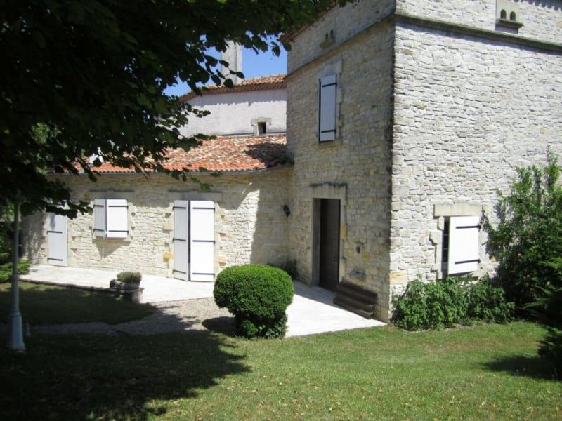 Sale house / villa Barbezieux-saint-hilaire 488000€ - Picture 1
