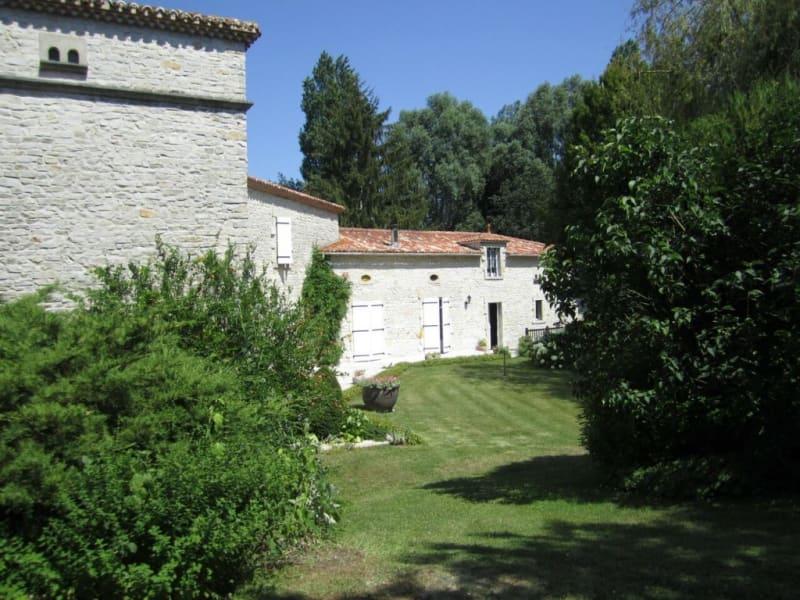 Sale house / villa Barbezieux-saint-hilaire 488000€ - Picture 12