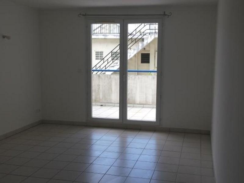 Location appartement St denis 450€ CC - Photo 2