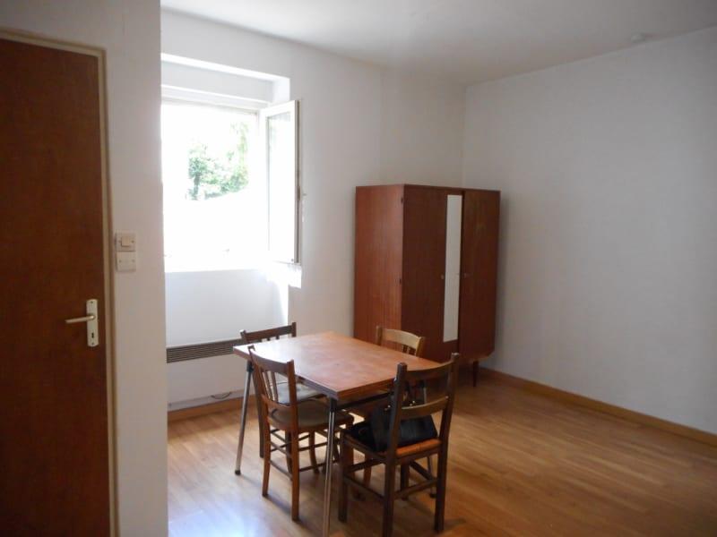 Rental apartment Voiron 235€ CC - Picture 3