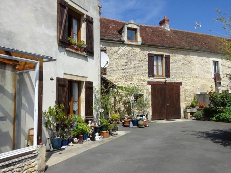 Sale house / villa Potigny 275000€ - Picture 1
